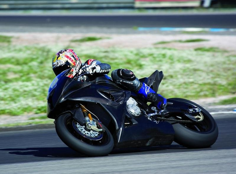Pictures and video of prototype race bike BMW S 1000 RR