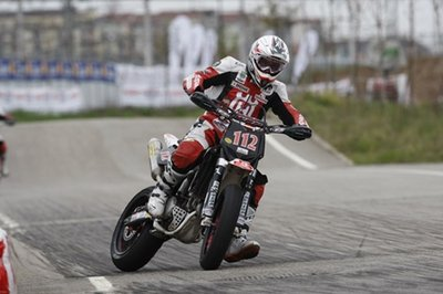 The Supermoto Italian Championship speaks french