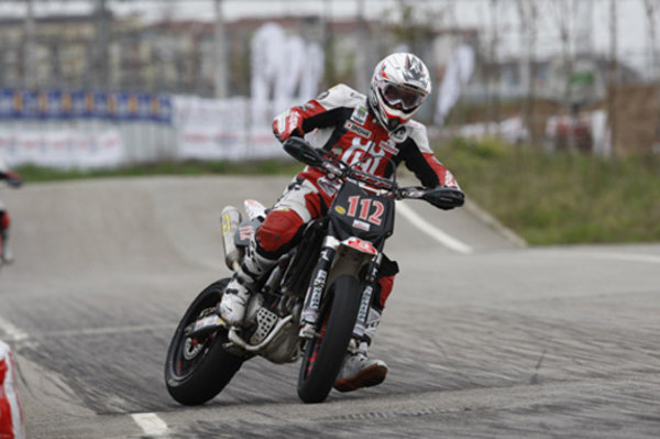 the supermoto italian championship speaks french picture