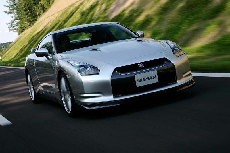 1500 preorders for the European GT-R