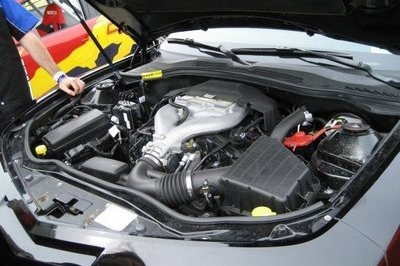2010 Camaro engine spy shots - image 248249