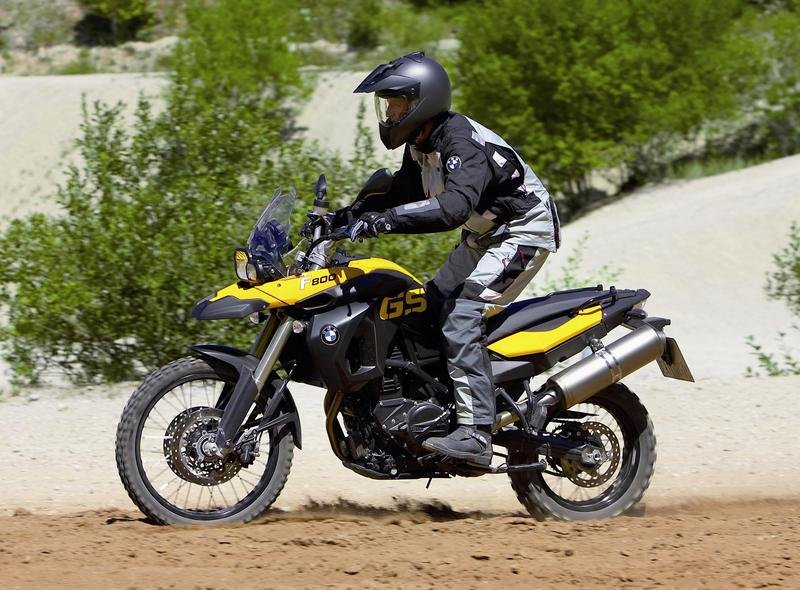 Bmw offers military motorcycle purchase program