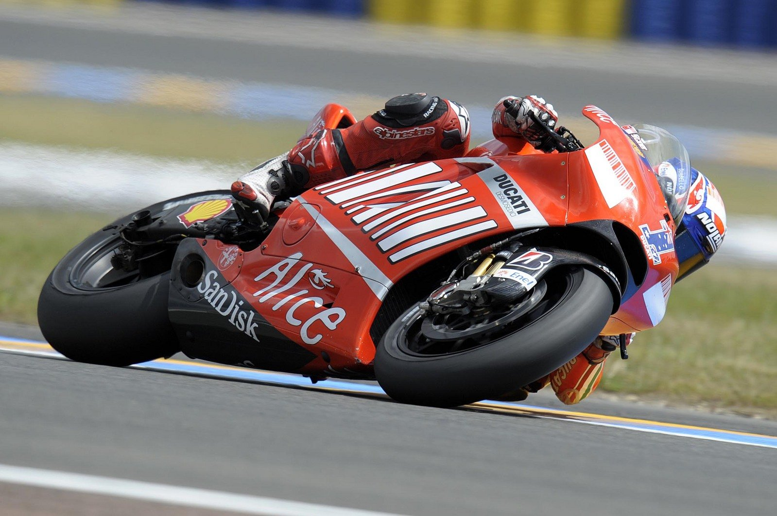 ducati motogp team complete first day of tests at le mans news top speed. Black Bedroom Furniture Sets. Home Design Ideas
