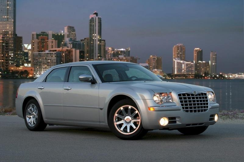 Next-generation Chrysler 300 coming in 2011