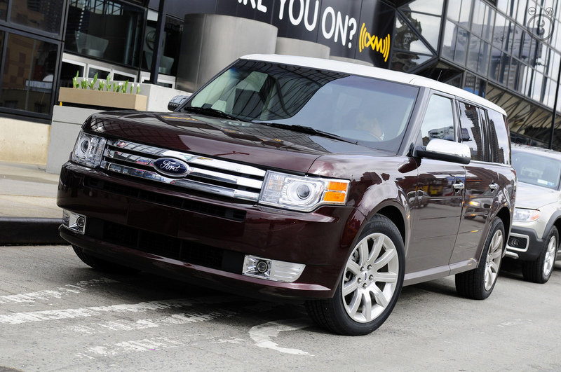 2009 Ford Flex production starts