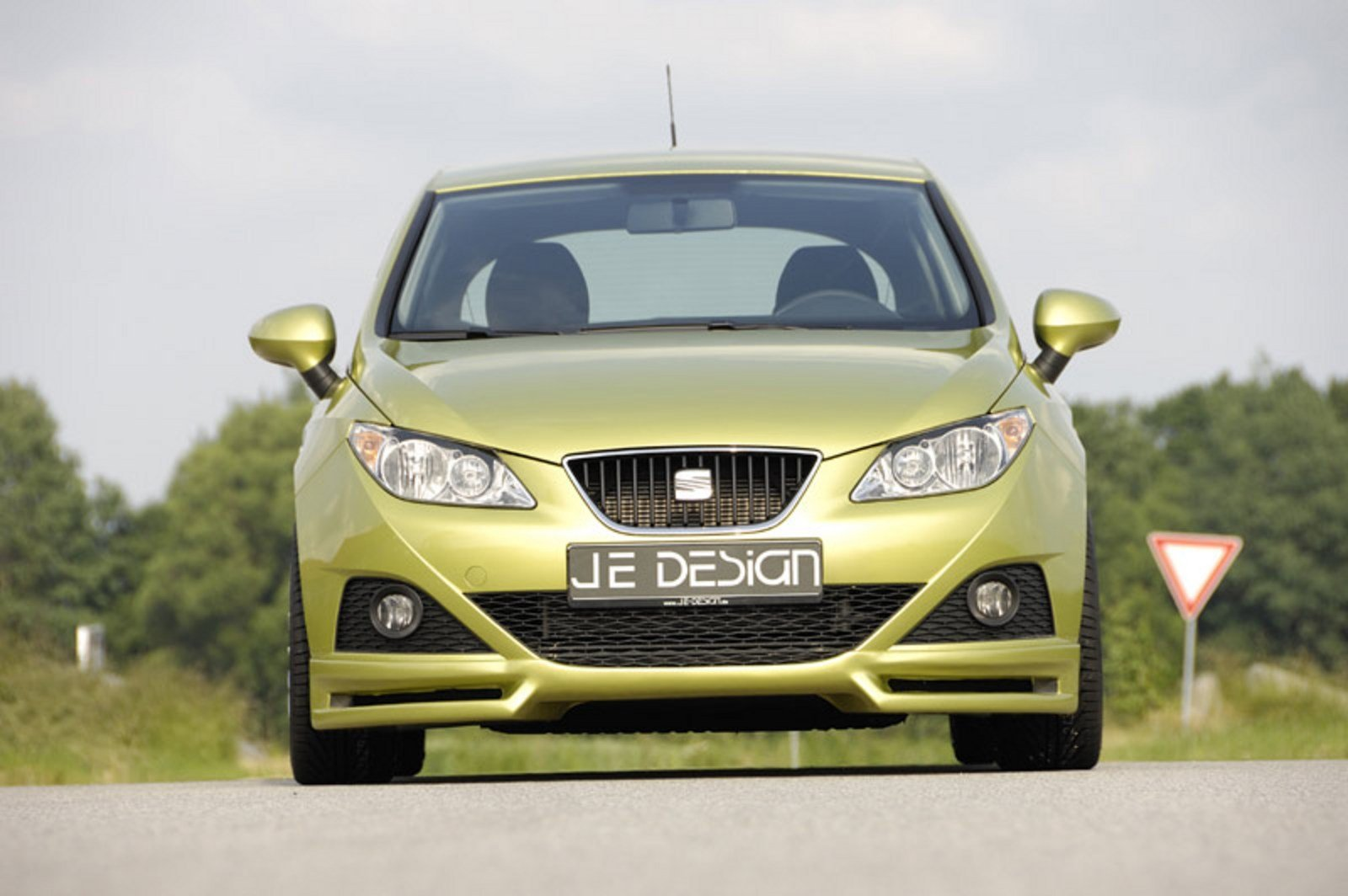 2009 seat ibiza by je design review top speed. Black Bedroom Furniture Sets. Home Design Ideas