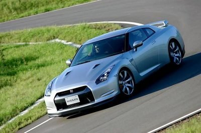 Driving emotions absent in Nissan GT-R?
