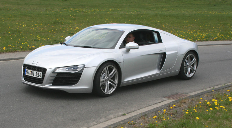 audi r8 news and reviews top speed. Black Bedroom Furniture Sets. Home Design Ideas