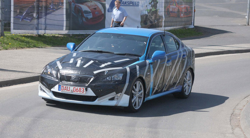 Lexus IS facelift - spy shots