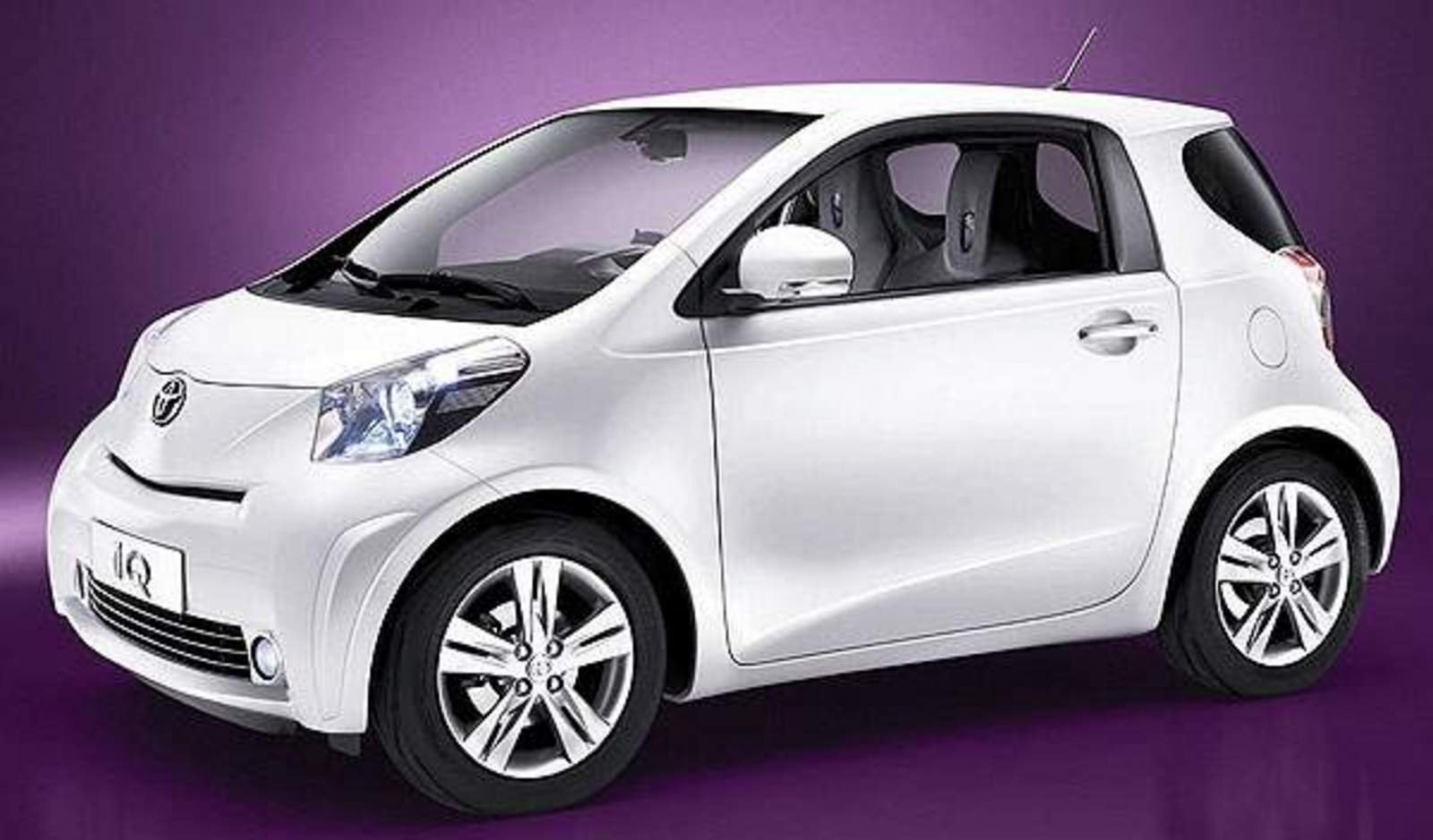 toyota iq might come to usa news top speed. Black Bedroom Furniture Sets. Home Design Ideas