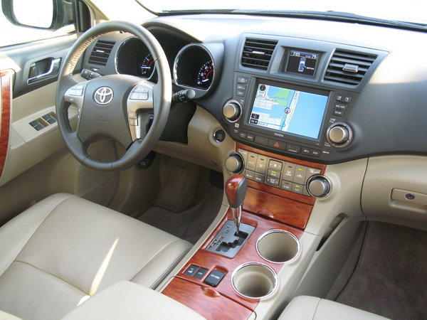 toyota highlander 2008 interior. Black Bedroom Furniture Sets. Home Design Ideas