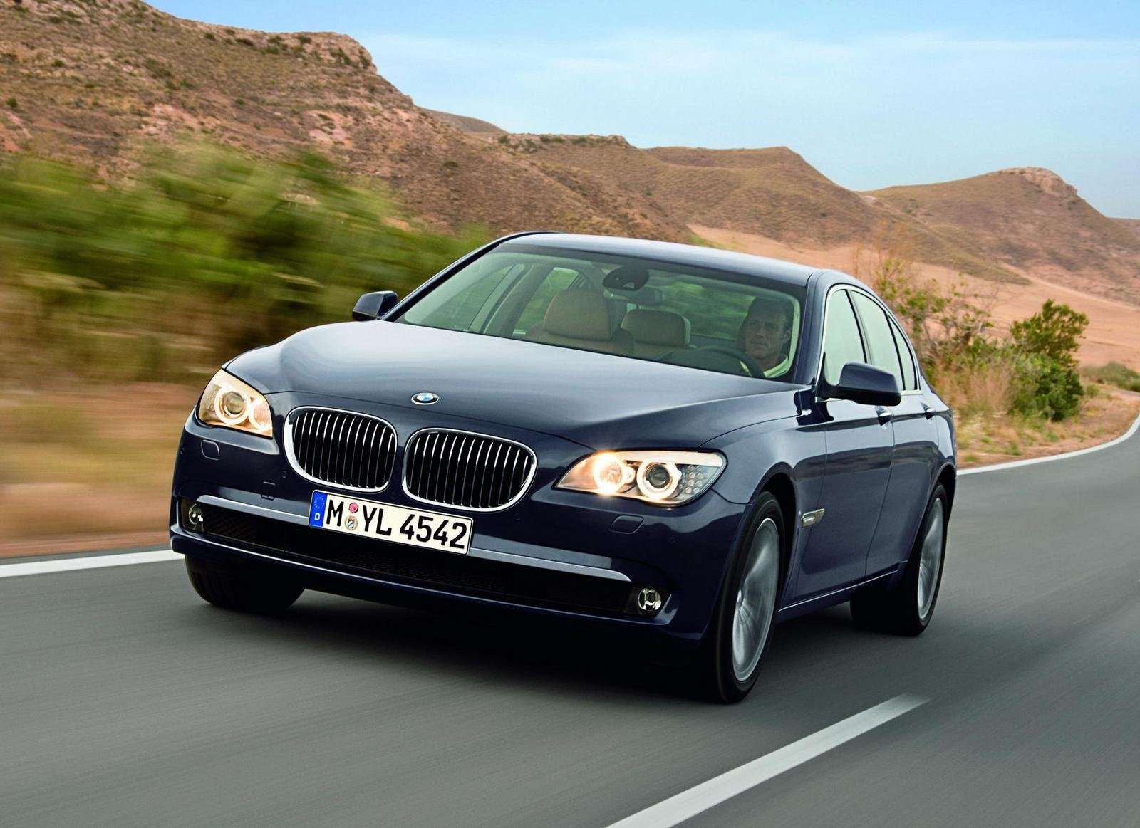 bmw 7 series hybrid coming in 2009 news top speed. Black Bedroom Furniture Sets. Home Design Ideas