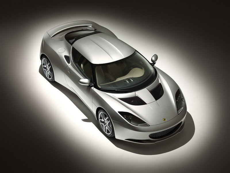 Lotus announced name for its new sports car: EVORA