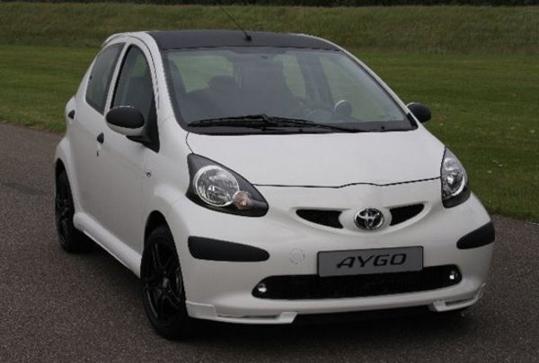 toyota aygo top speed. Black Bedroom Furniture Sets. Home Design Ideas
