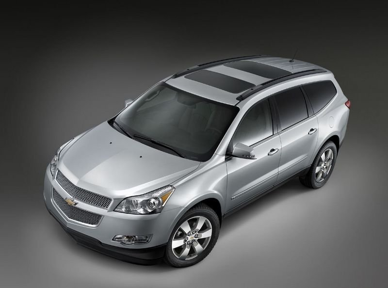 2009 Chevrolet Traverse earns IIHS top safety rating