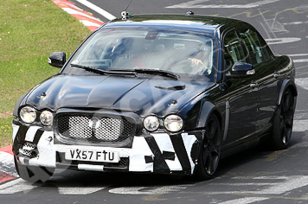next generation jaguar xj spy photos picture