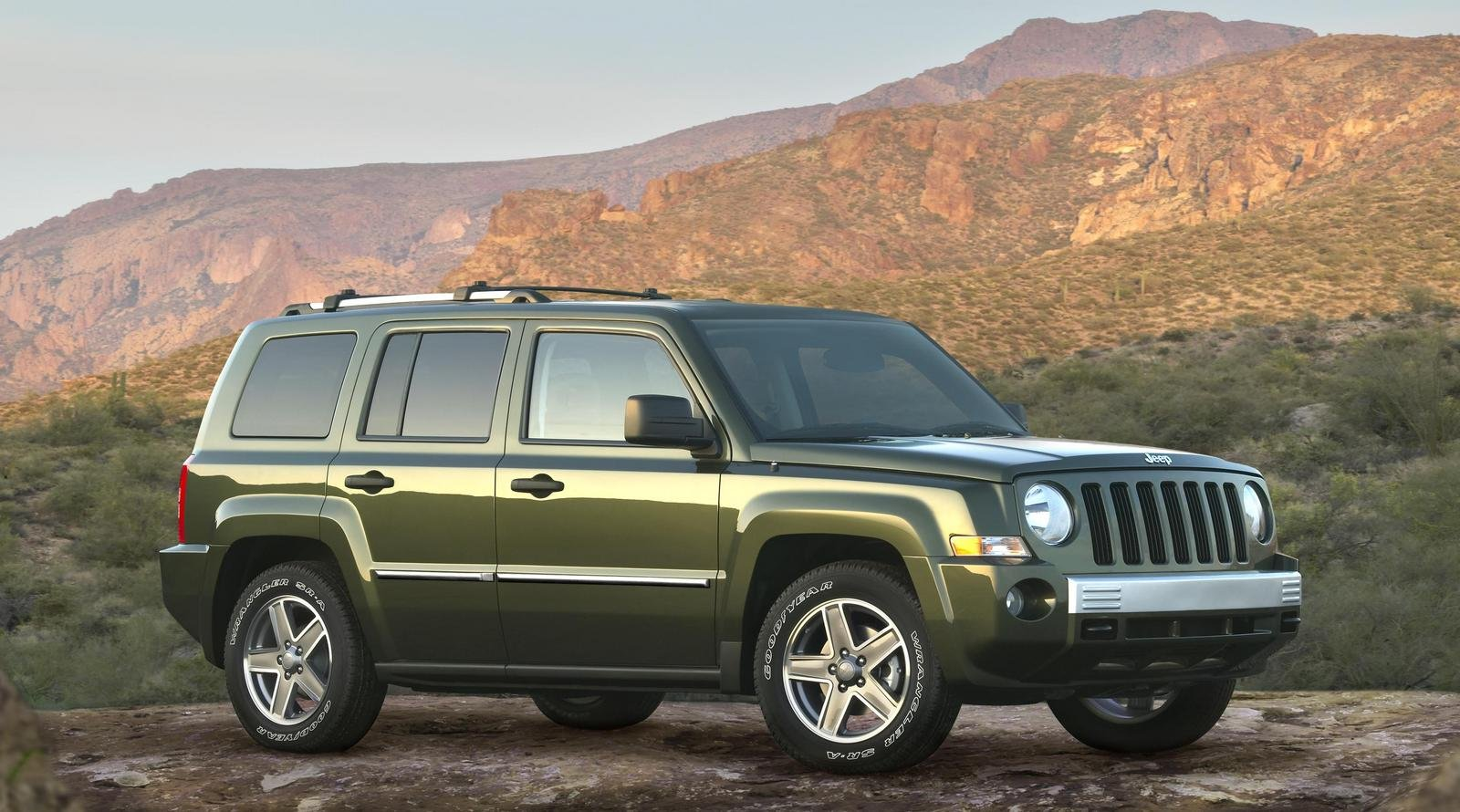 Jeep Patriot  Speed Wallpapers