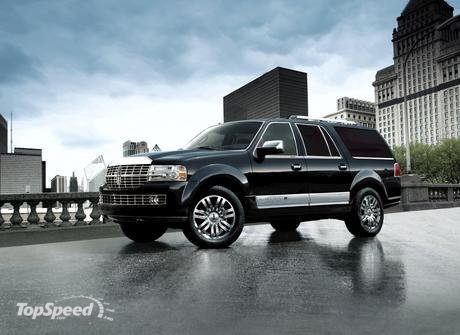 Lincoln unveiled the 2009 Navigator, a SUV that comes with improved fuel