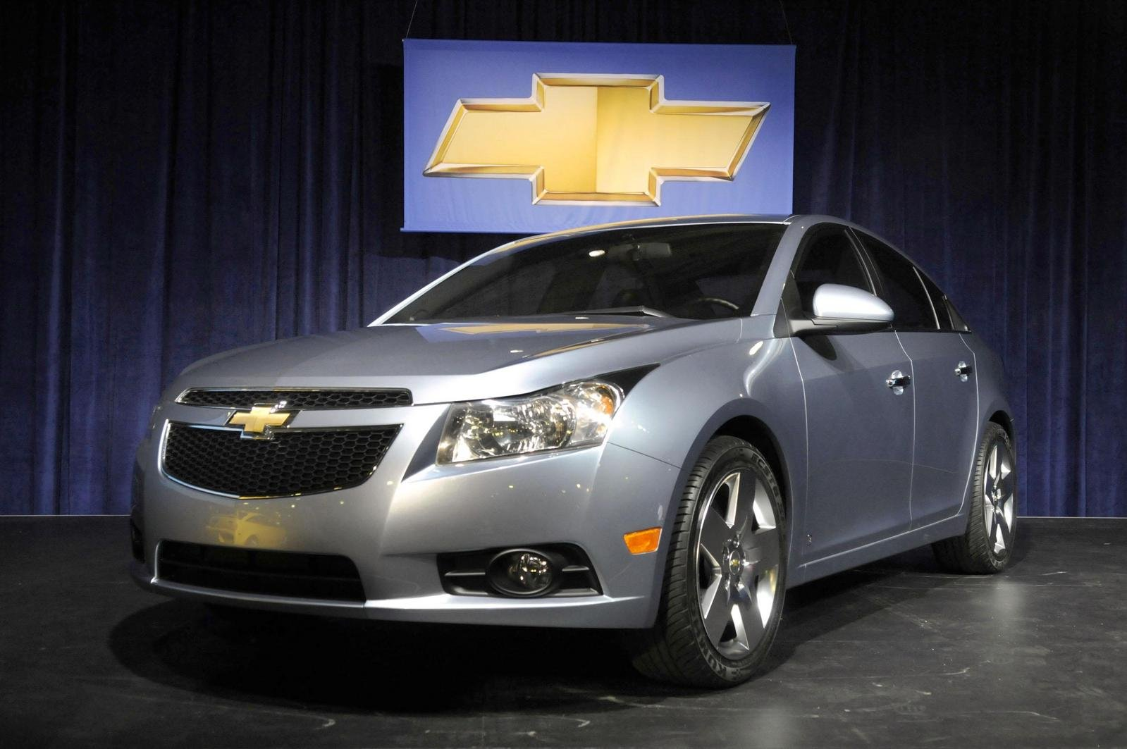 2010 chevrolet cruze picture 263871 car review top speed. Black Bedroom Furniture Sets. Home Design Ideas