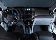 Chevrolet Orlando Concept photos emerge on the internet - image 265436