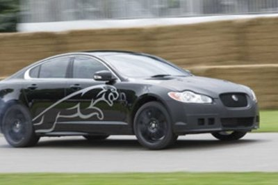 Jaguar XF-R and new XKR to be revealed at the 2009 Detroit Show