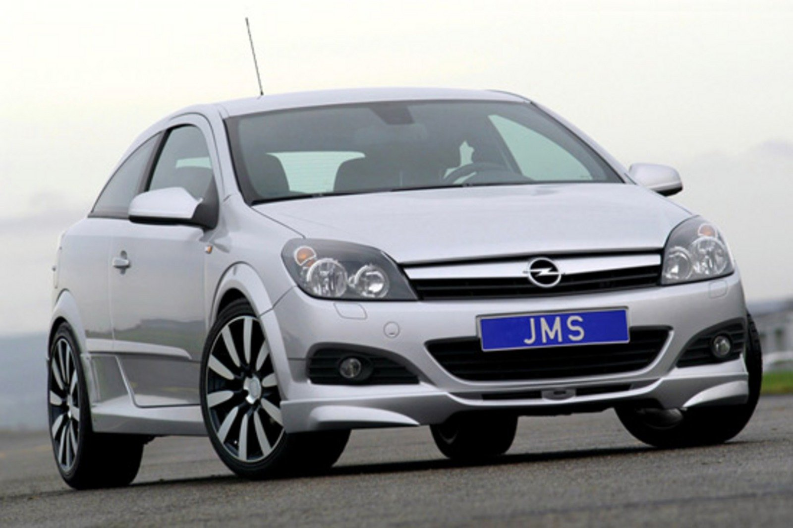 opel astra gtc by jms racelook news top speed. Black Bedroom Furniture Sets. Home Design Ideas