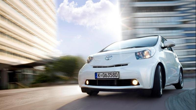 Toyota iQ - base for new small-car family