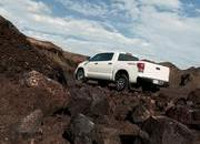 Toyota Tundra gets two new packages for 2009 - image 265155