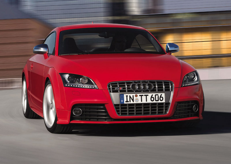 2009 Audi TTS Coupe and Roadster