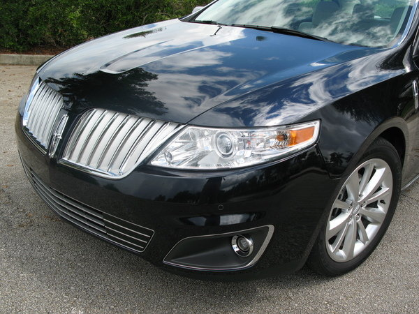 2009 lincoln mks awd car review top speed. Black Bedroom Furniture Sets. Home Design Ideas