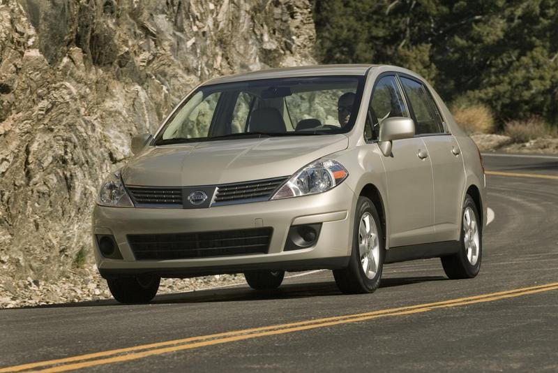 2009 Nissan Versa lowest-priced new car in the U.S.