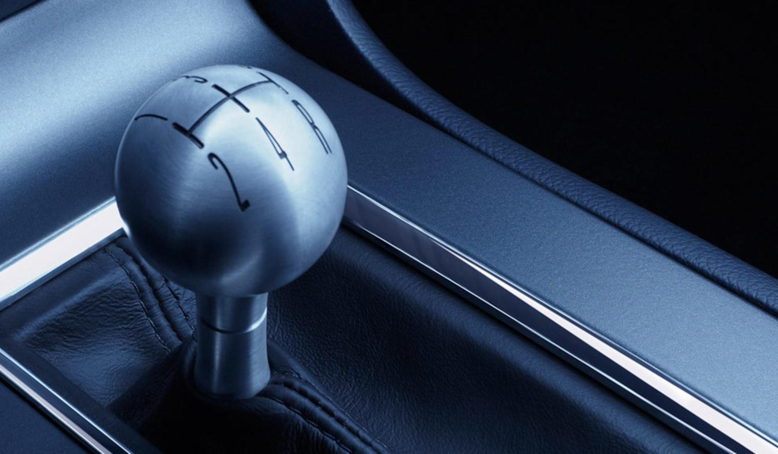 2010 Ford Mustang Shift Knob Teaser News - Top Speed