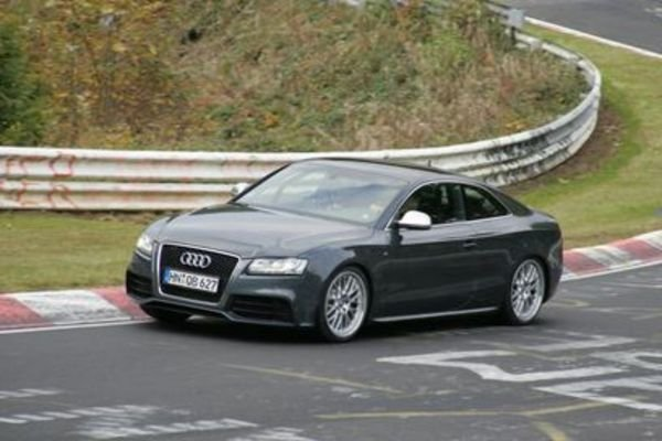 audi rs5 caught without disguise picture
