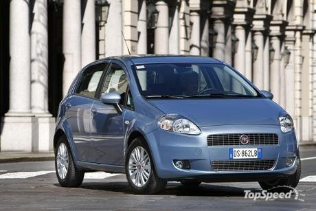 Fiat launched today the Grande Punto Natural Power, a model powered by new