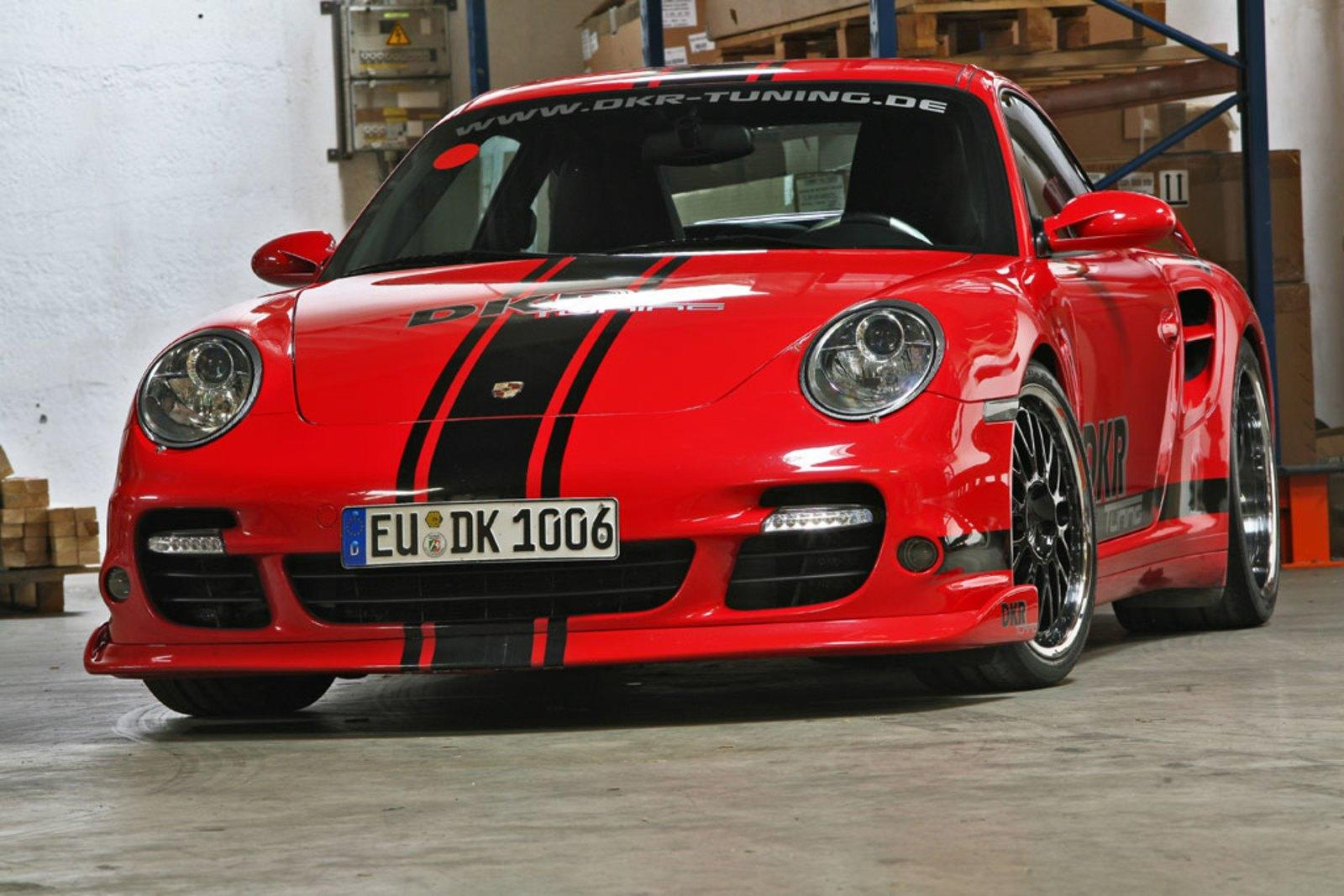 porsche 997 turbo by dkr tuning news gallery top speed. Black Bedroom Furniture Sets. Home Design Ideas