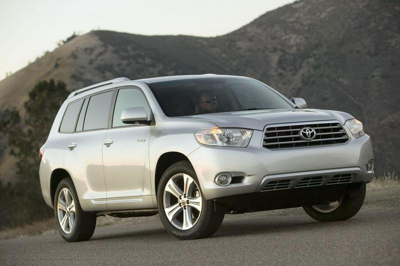 2009 Toyota Highlander will get a four-cylinder engine