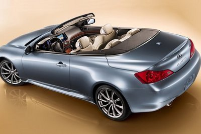 Infiniti G37 Convertible - new official image