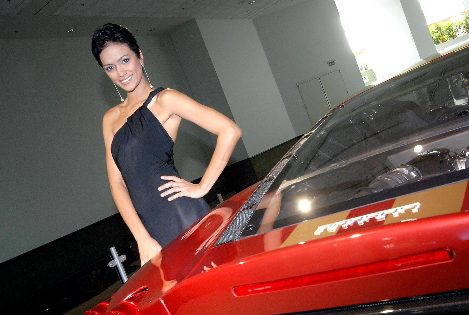 Los Angeles Auto Show Girls Picture 274741 Car News