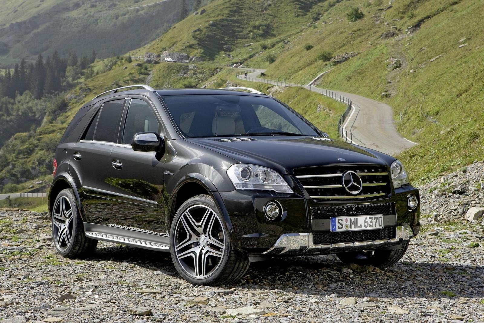 2009 mercedes ml 63 amg performance studio review top speed. Black Bedroom Furniture Sets. Home Design Ideas