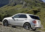 "2009 Mercedes ML 63 AMG ""10th Anniversary"" - image 272098"