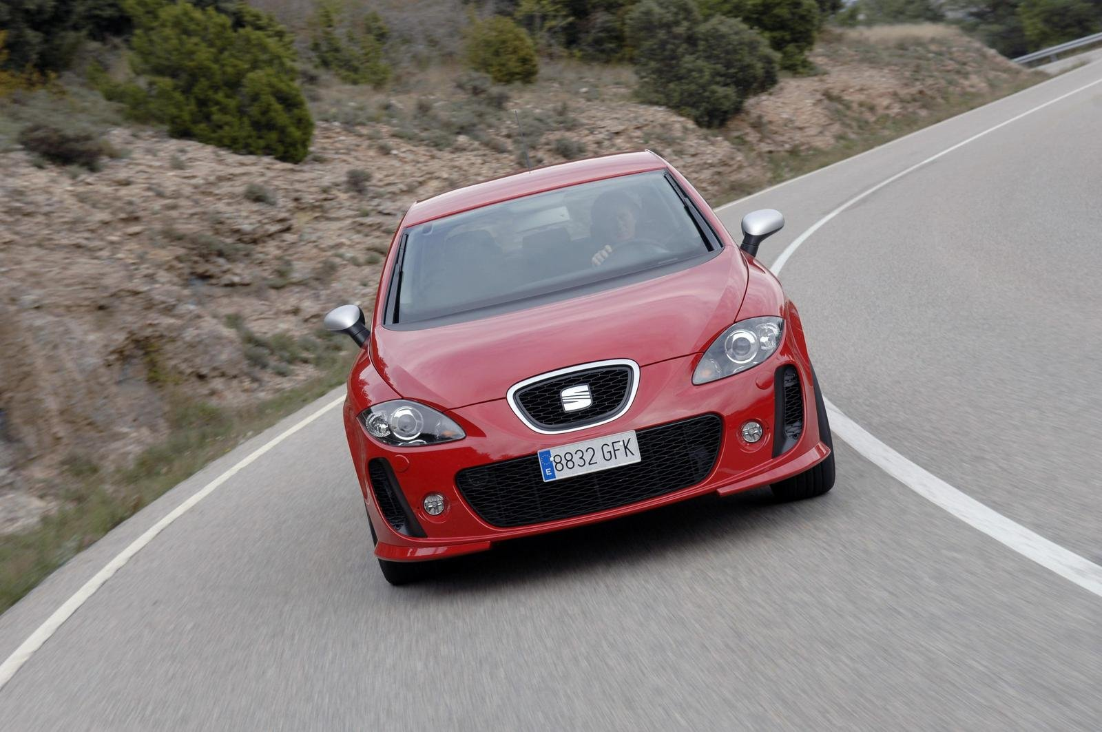 2009 seat leon linea r picture 272751 car review top speed. Black Bedroom Furniture Sets. Home Design Ideas