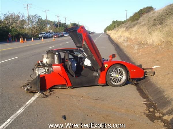 Top 10 Worst Supercars Crashes Pictures Car News Top Speed