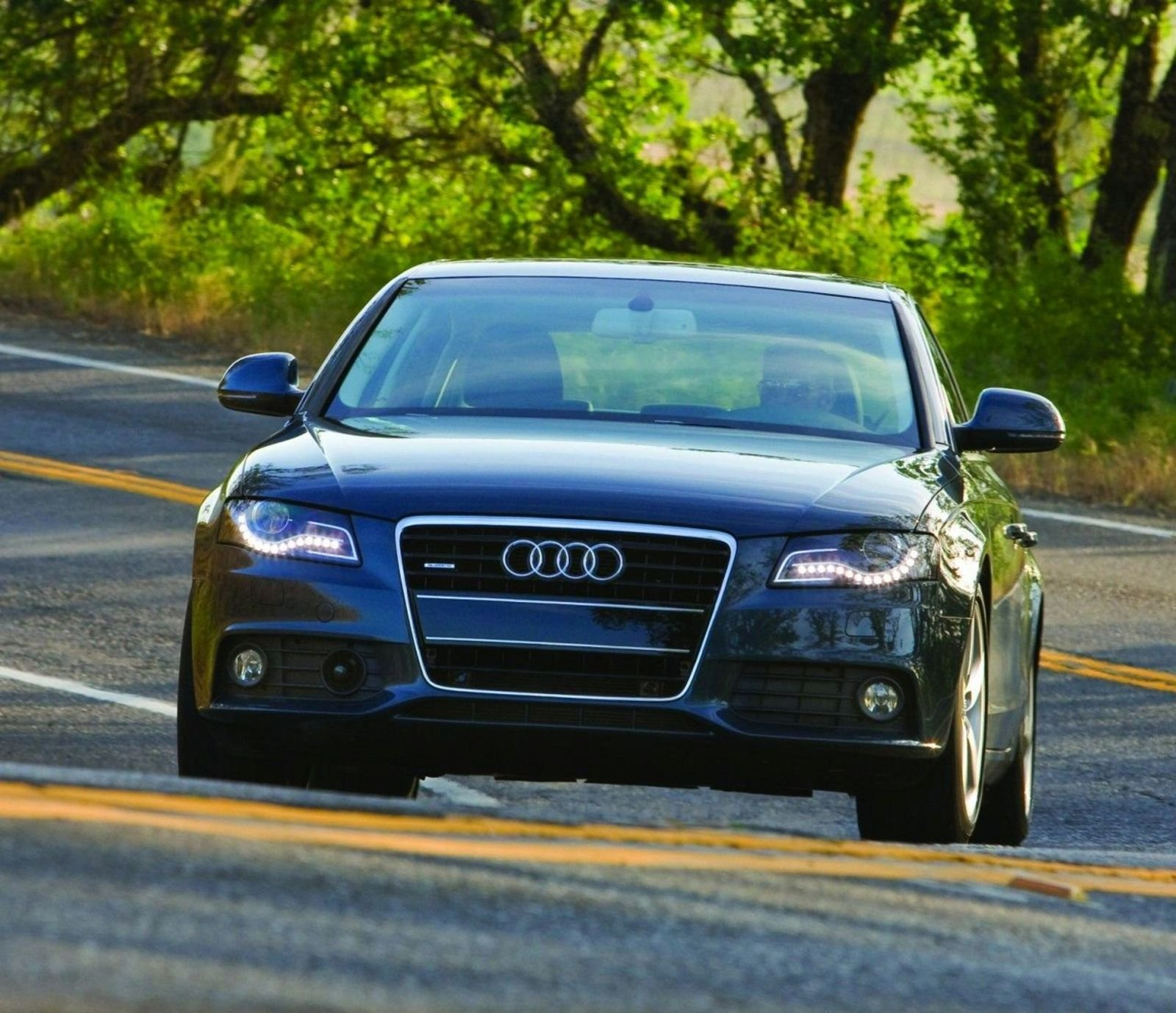 2009 Audi A4 FrontTrak And Manual Review