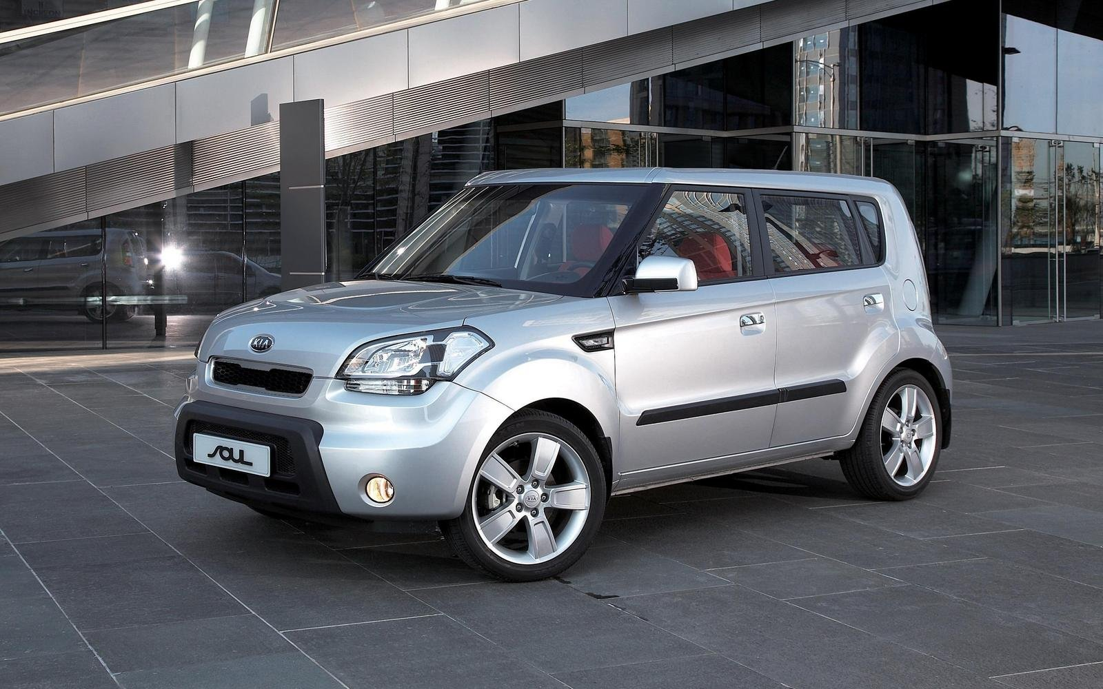 kia soul picture  car review  top speed