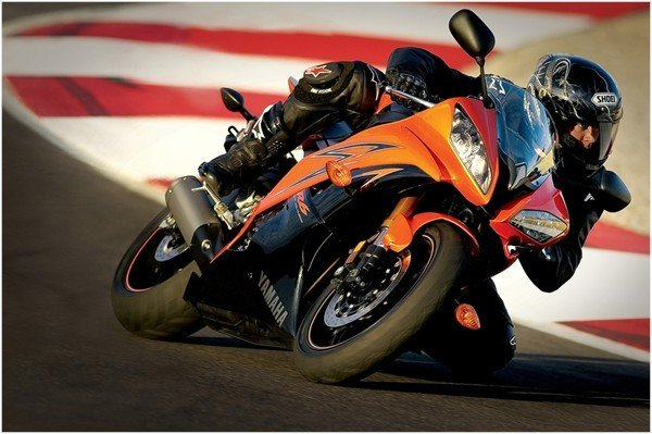 2009 Yamaha Yzf R6 Motorcycle Review Top Speed