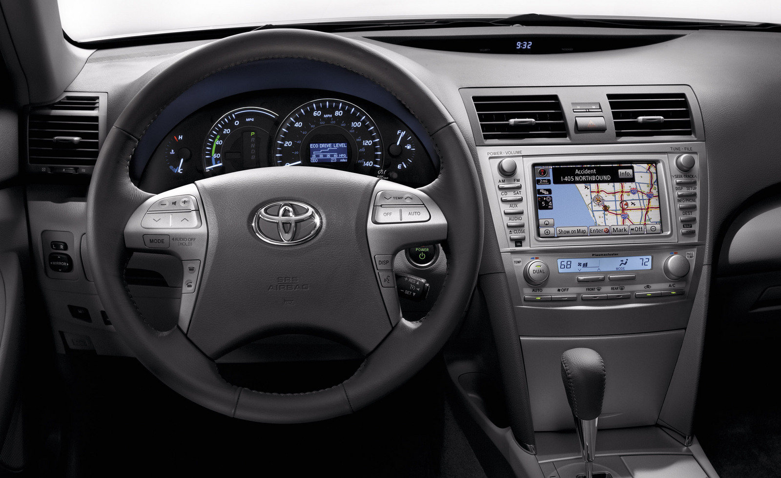 A072umys Toyota Camry 2010 Silver Computer Parts Labeled Interior