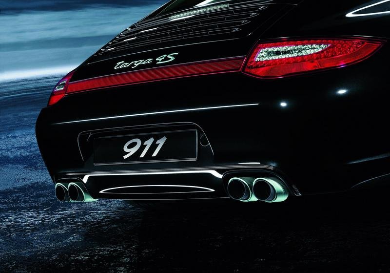911 Carrera and Targa 4 get new Sports Exhaust System