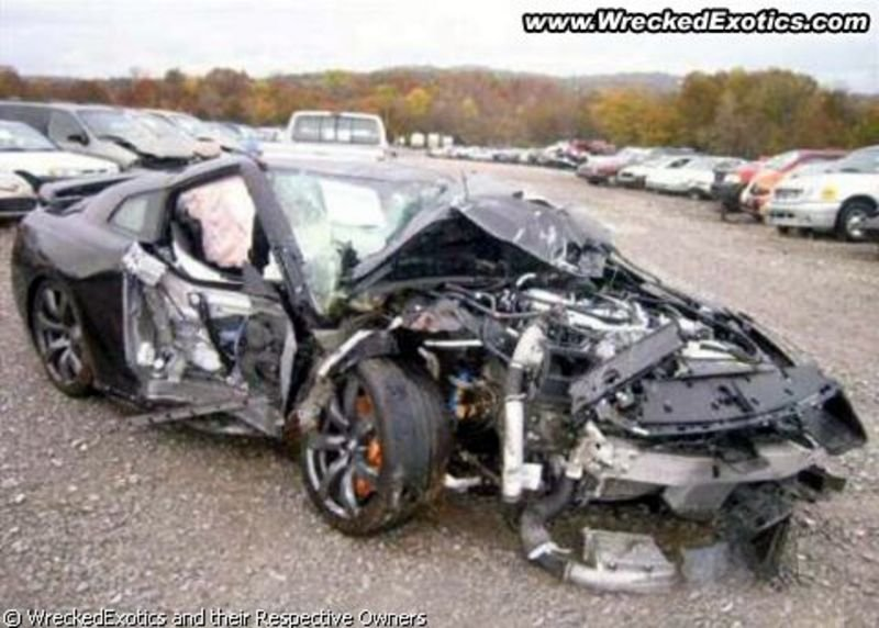 Nissan Gt R Crashed Pictures Photos Wallpapers Top Speed