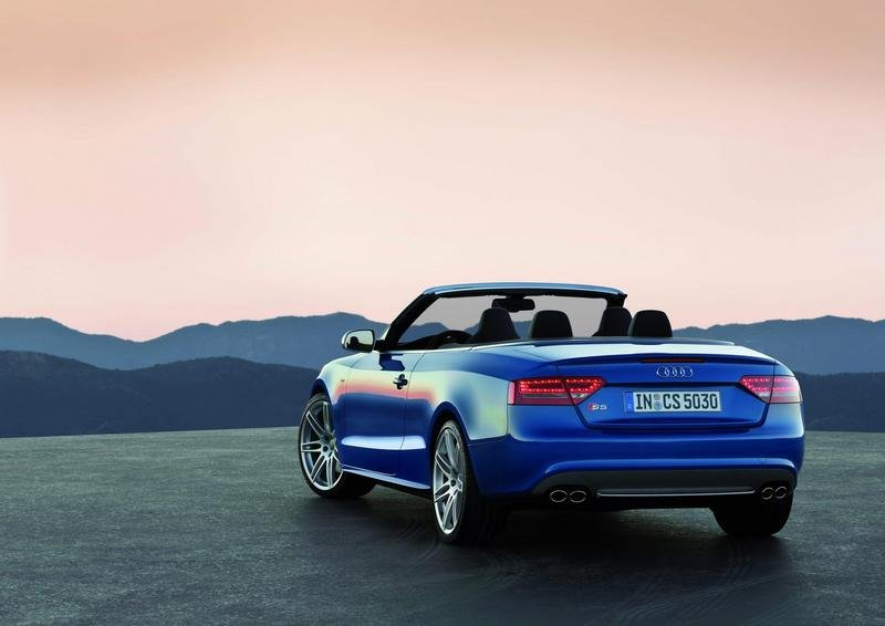 2009 audi a5 s5 convertible review top speed. Black Bedroom Furniture Sets. Home Design Ideas