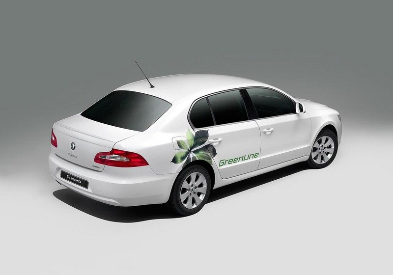 Skoda Superb Photos Pictures Pics Wallpapers Top Speed